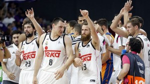 Real-Madrid-vs-Valencia-Basket-070615