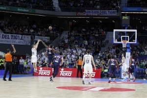 jaycee-carroll-real-madrid-eb15shot