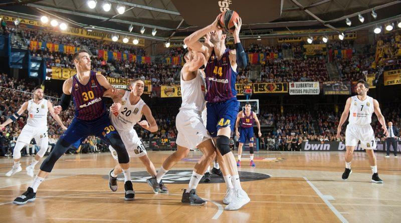ante tomic defendido por felipe reyes fc barcelona lassa real madrid euroliga 24senblanco