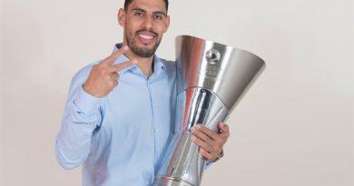 Gustavo Ayón no encuentra sitio en la NBA y firma por el Zenit