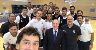 foto de familia llull real madrid baloncesto