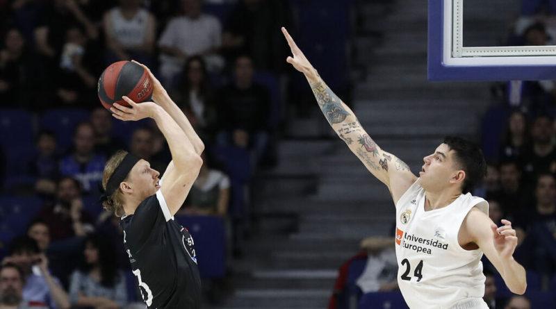 Podcast de baloncesto donde analizamos la útlima jornada de ACB con el Real Madrid venciendo al Obradoiro