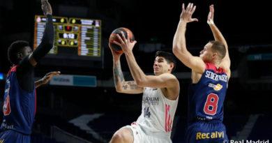 deck entra a canasta partido real madrid baskonia liga endesa 2020-21 24senblanco